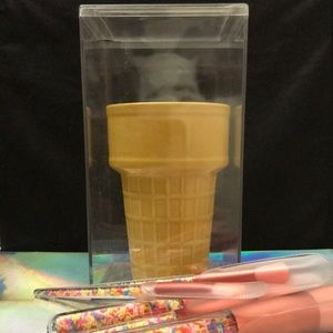 Ice Cream Cone Brush Holder Cup